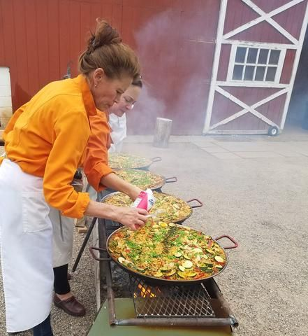 Cooking with Chef Mia: Entertainment Worthy Late Summer Menu