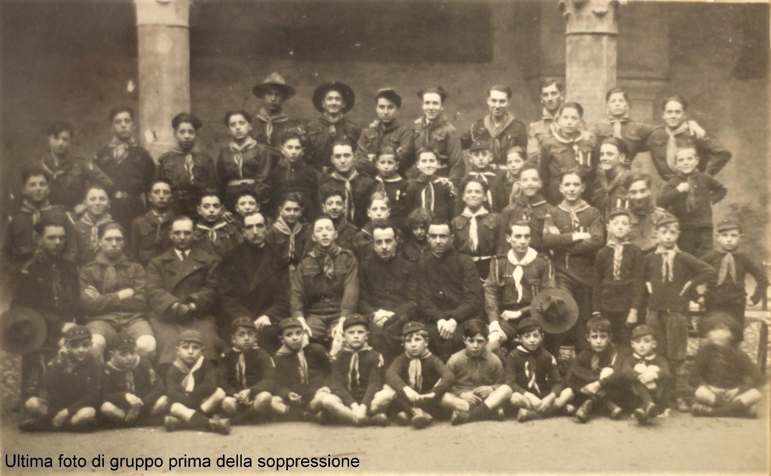 Gruppo nel chiostro di San Biagio 01/04/1928