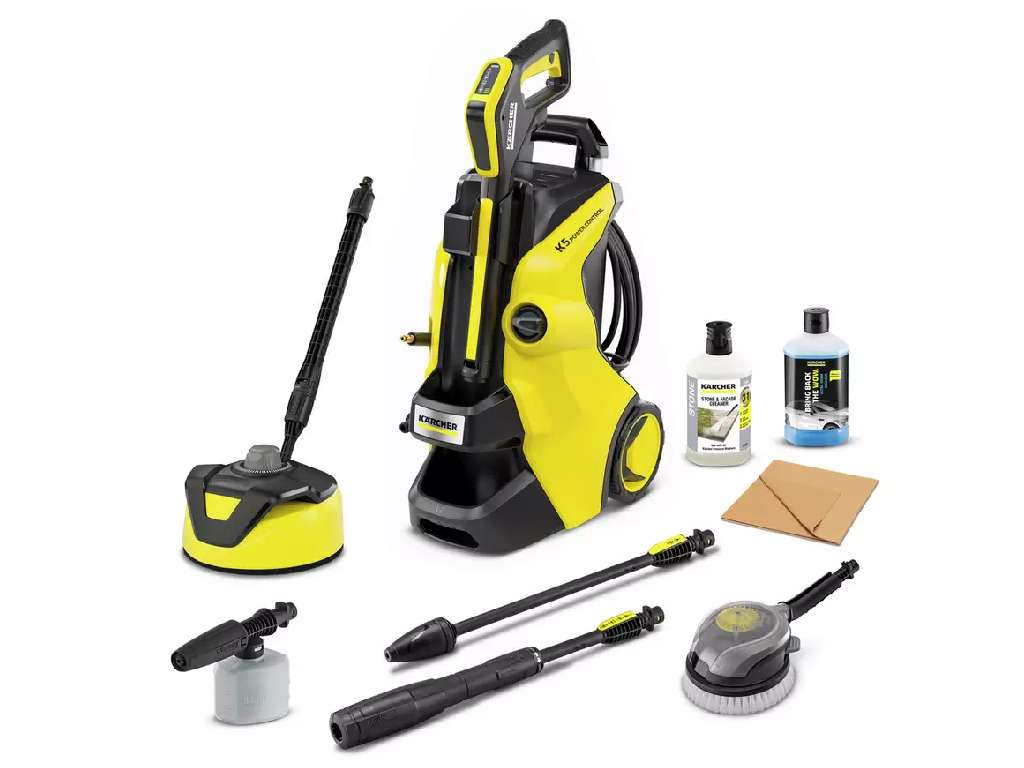Winner Donna Shew of a Karcher K5 Car & Home Pressure Washer - 8th Feb