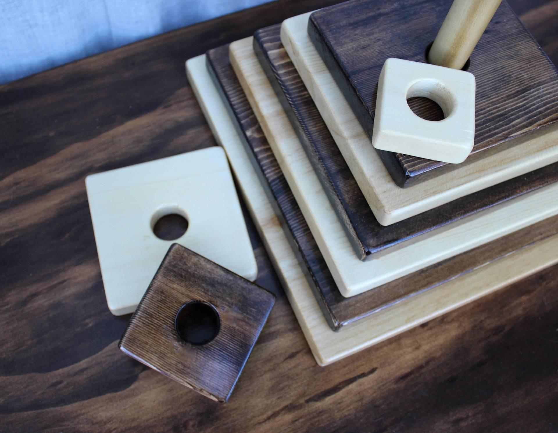Image of Stacking Squares