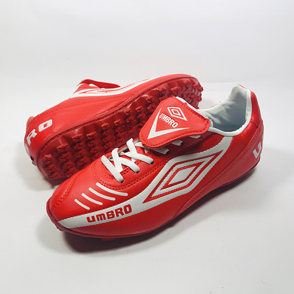 Giày đá bóng sân cỏ nhân tạo Umbro đỏ hình 1
