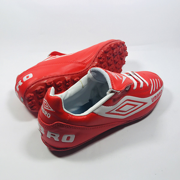 Giày đá bóng sân cỏ nhân tạo Umbro đỏ hình 2