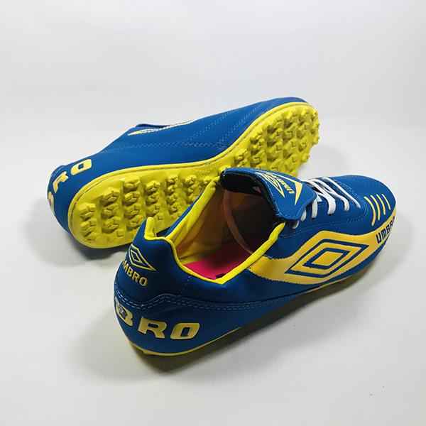 Giày đá bóng sân cỏ nhân tạo Umbro xd hình 2
