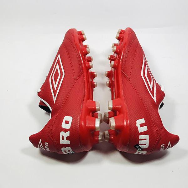 Giày đá bóng sân cỏ tự nhiên Umbro đỏ hình 2