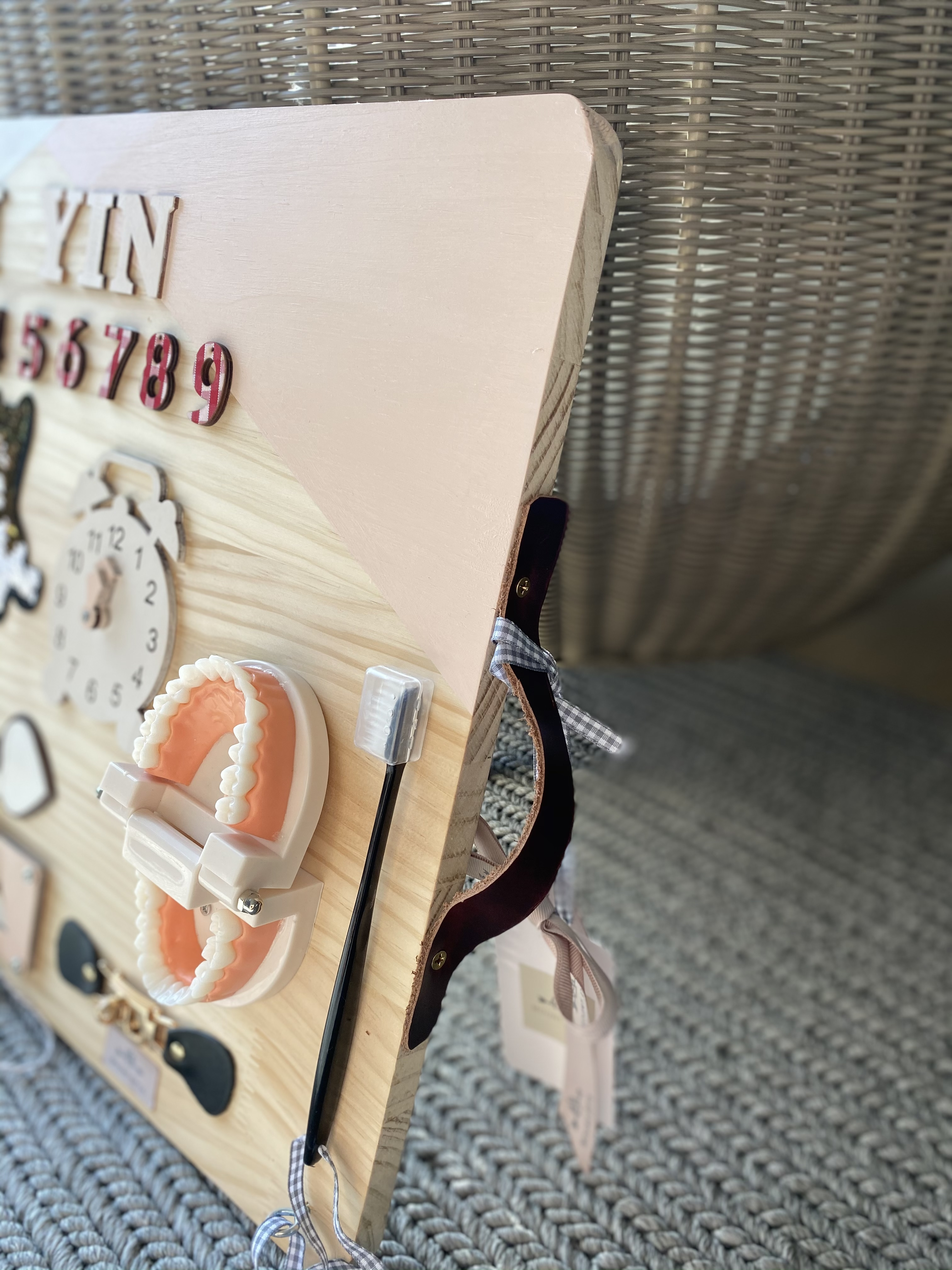 客製化兒童玩具板  Montessori忙碌板