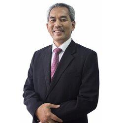 Otolaryngologist (ENT) Specialist Dr Rahmat Omar