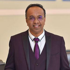 Dr Puvan Arul A/L Arumugam