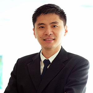 General Surgeon Specialist Dr Chong Hoong Weng