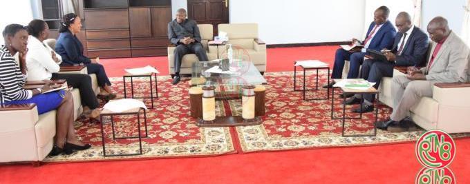 Burundi President with diplomates
