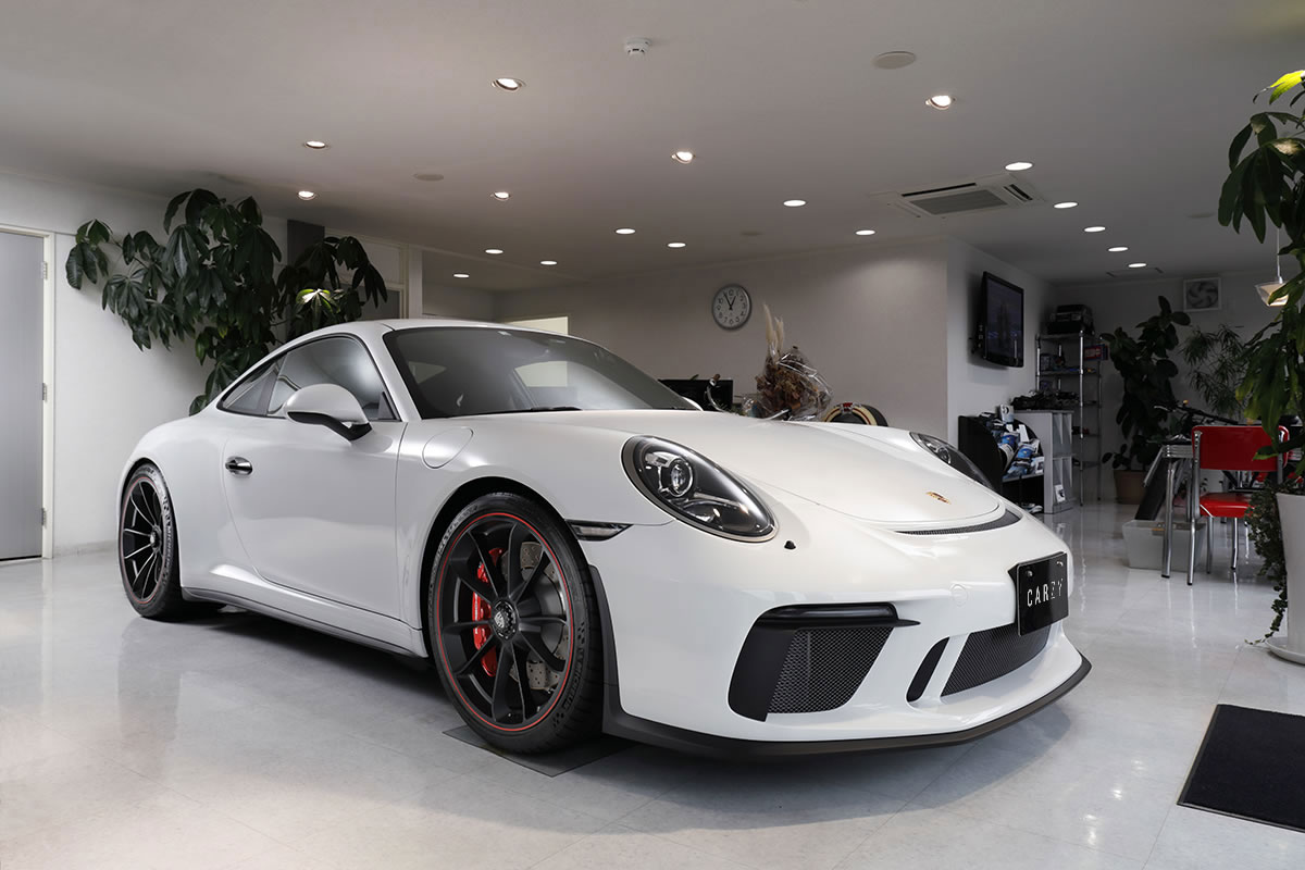 Porsche / 911GT3 Touring Package