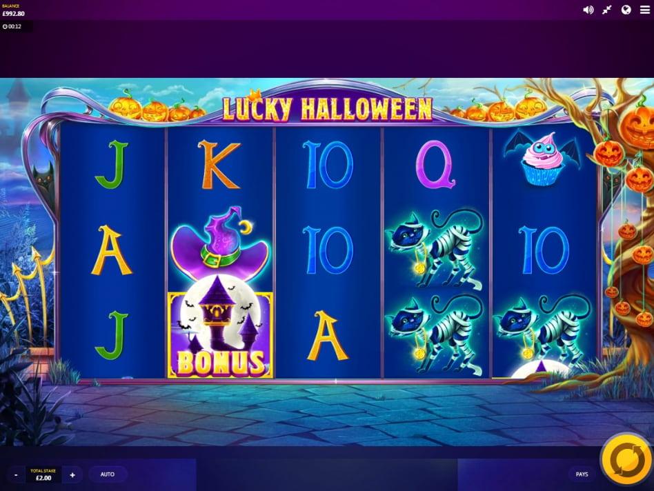 Lucky Halloween slot game