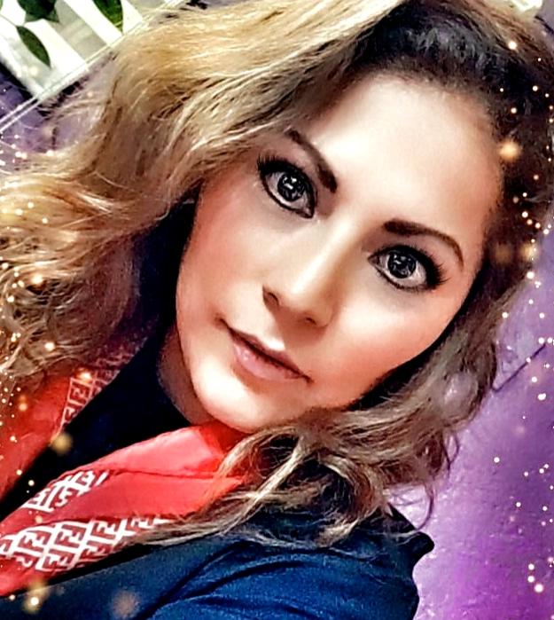 Erika  Santos