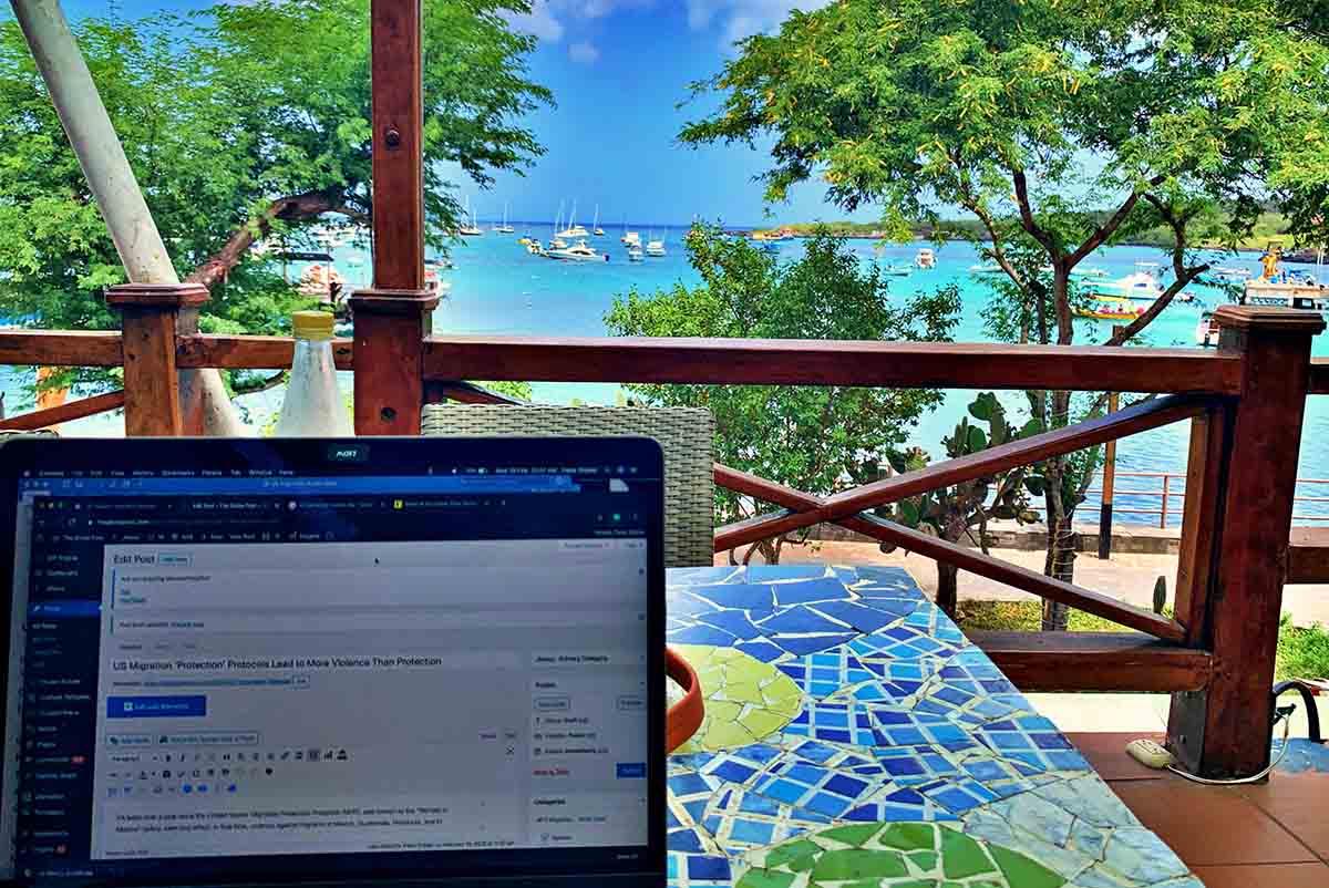 Galapagos internet