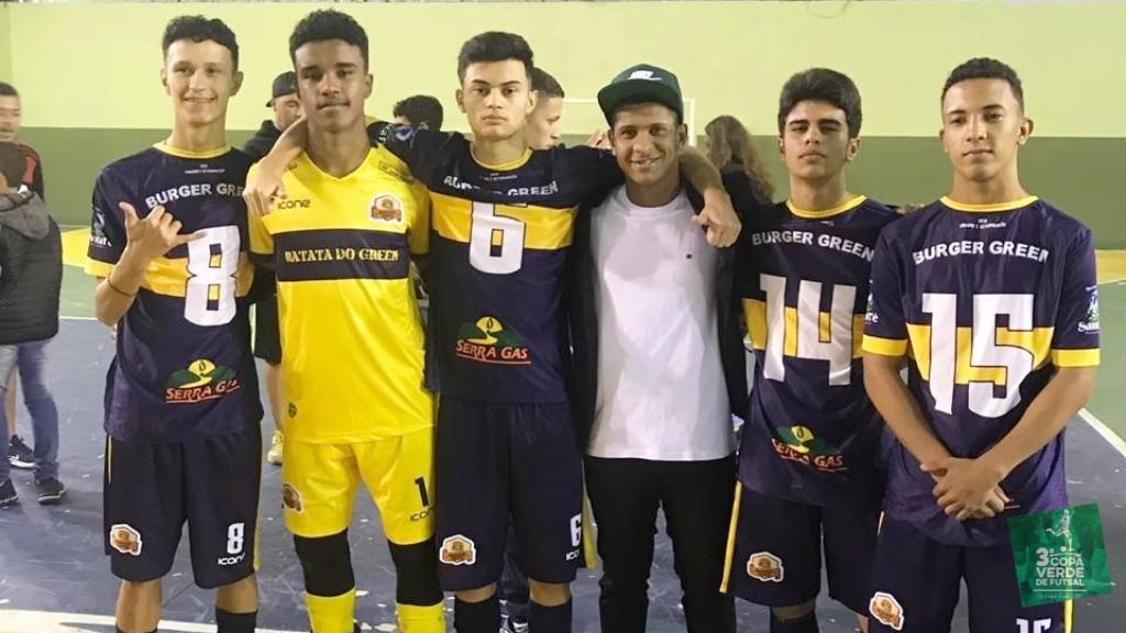 Copa Verde de Futsal 2019 - Garotada da base do Burger Green festeja primeiro título com a equipe principal. Destaque para o goleiro Marcos Aranha, titular do time campeão 2019.