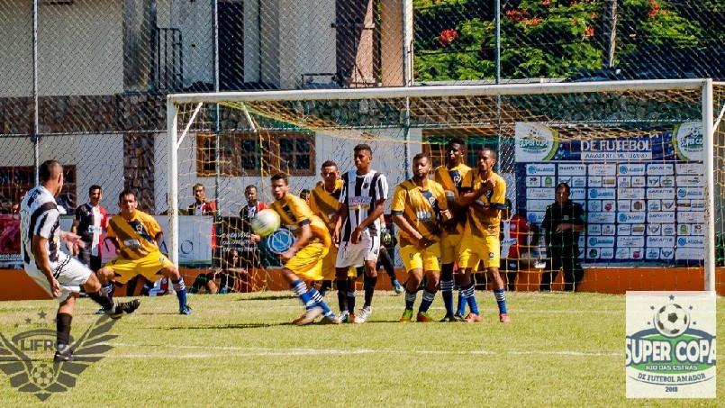 LIFRO - Liga Independente de Futebol de Rio das Ostras - Lindo gol de falta de Wstany do Recanto
