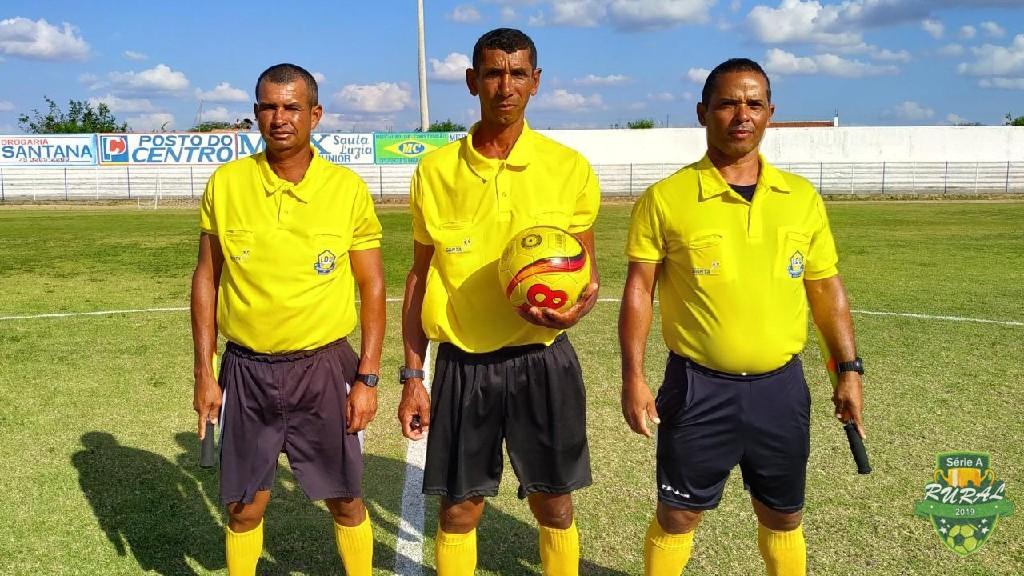 CAMPEONATO RURAL SERIA A - 2019 - Arbitragem do jogo entre Escorrega X Serra Branca, no Estádio Milton Goes.