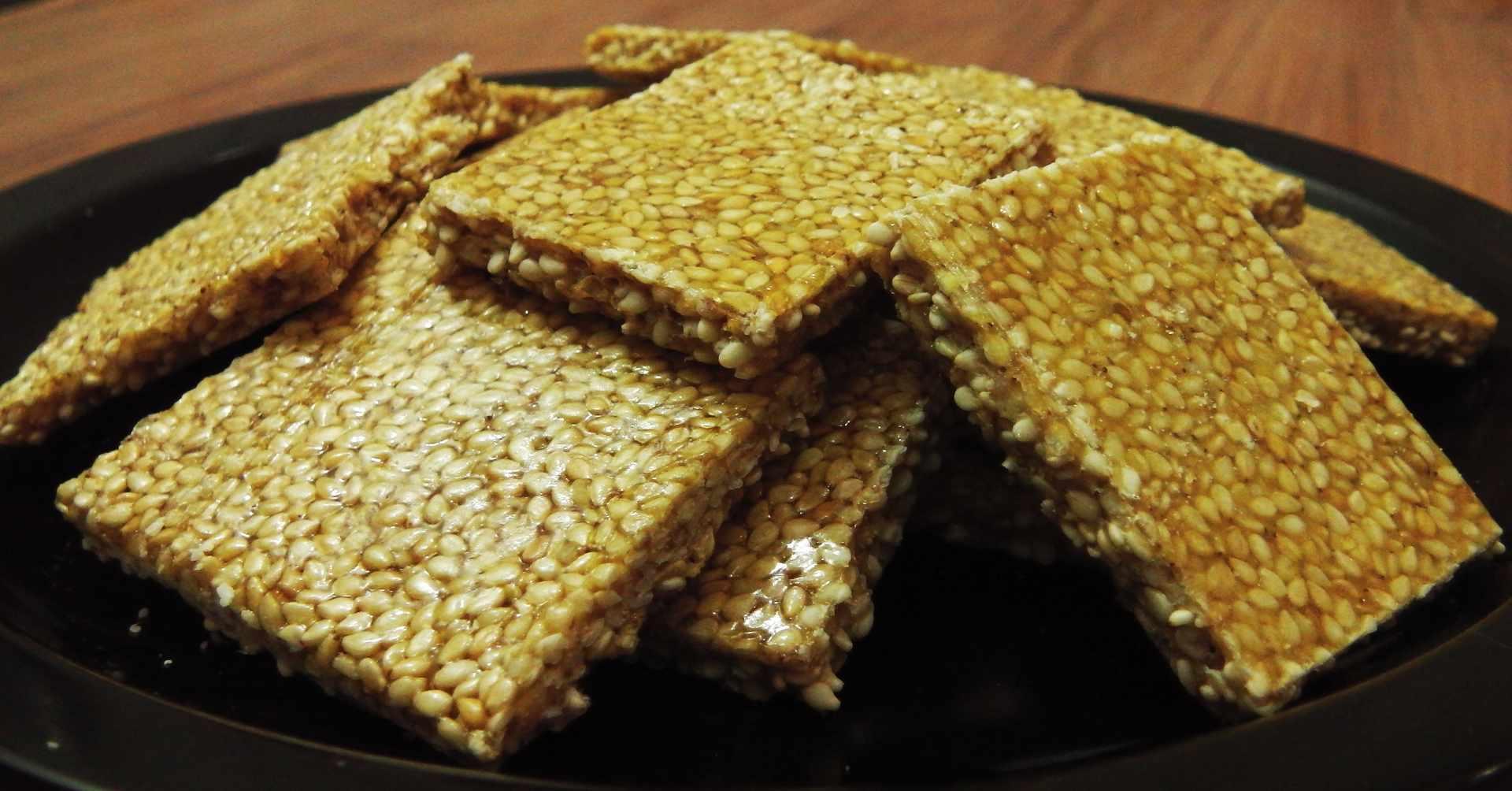 Til Chakki / Sesame Brittle - Sankranti Recipe