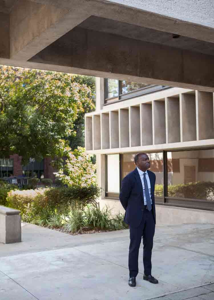 Dean Curry in front of USC Architecture's Watt Hall. Photo credit: Sara Pooley.
