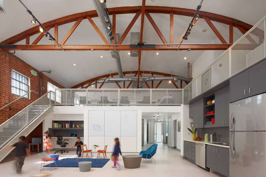 Para Los Niños Family Center, DSH // architecture