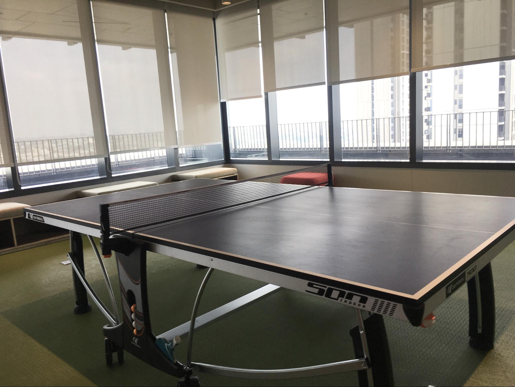 โซนกิจกรรม มีโต๊ะพูล และโต๊ะปิงปอง ไว้คลายเครียด