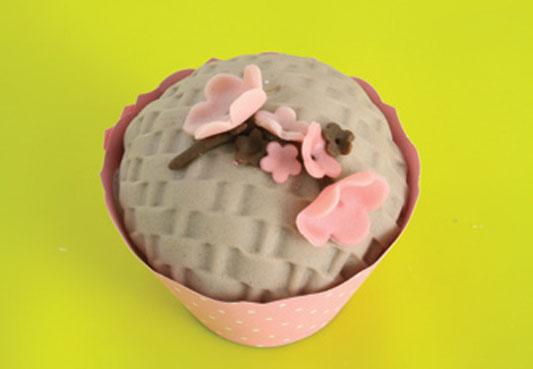 1335285034_bolo_cupcake_passo15_533_24-4-12.jpg