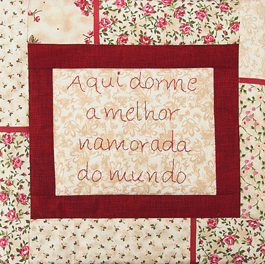 almofada-amor_exp03_17.05.11.jpg