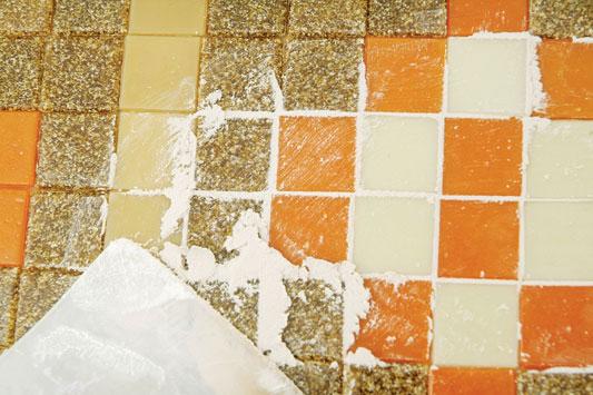 banquinho-mosaico_exp09_19.07.11.jpg