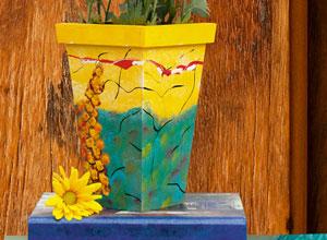 Vaso decorado com pintura