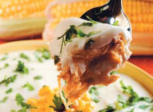 Escondidinho de frango desfiado, palmito e milho