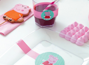 Pratos e copos decorados Peppa Pig