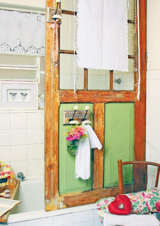 Reciclagem de porta de madeira