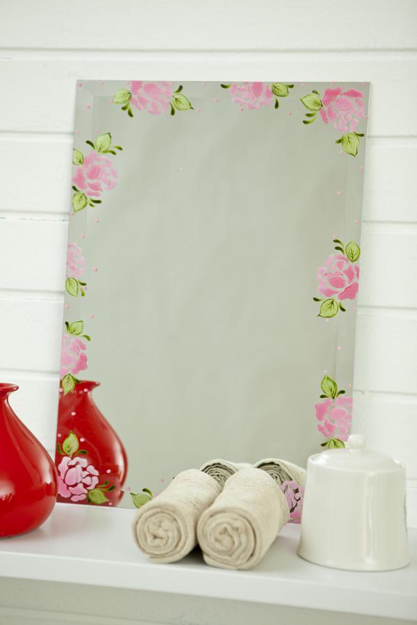 Espelho com flores