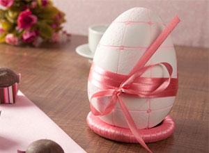 Porta-bombons em formato de ovo
