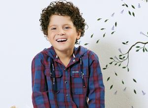 Camisa infantil com manga comprida