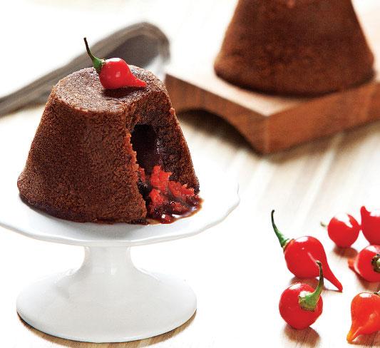 Petit gateau de chocolate com pimenta