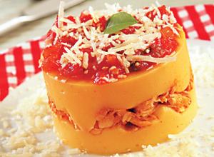 Torta de polenta com frango