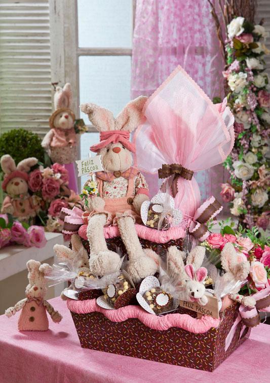 Cesta de Páscoa cor-de-rosa
