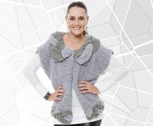 Blusa de tricô com barra e gola trançados