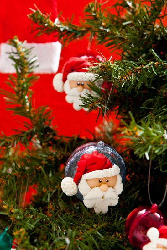 Bolas de acrílico com Papai Noel de biscuit