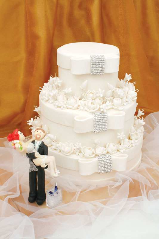 Bolo de casamento com recheio de leite em pó