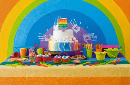 Decore sua festa com o bolo arco-íris