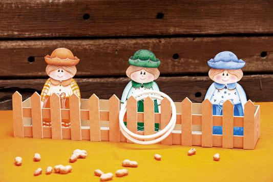 Bonecos para jogo da argola de Festa Junina