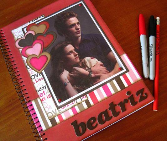 Scrapbooking personaliza caderno com tema Crepúsculo