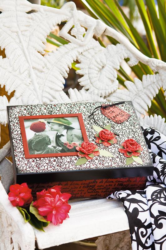 Carimbos românticos compõem caixa como presente para namorados