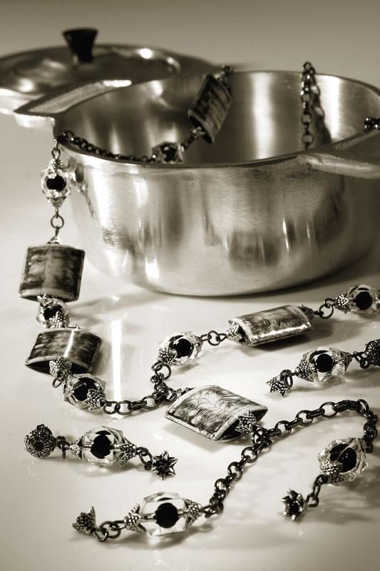 Colar e brincos de prata velha