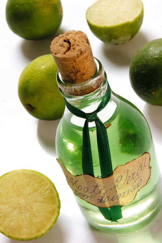 Colônia refrescante de mate verde