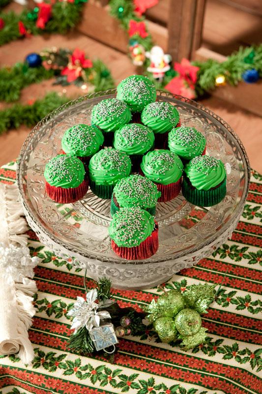 Árvore de Natal com cupcakes