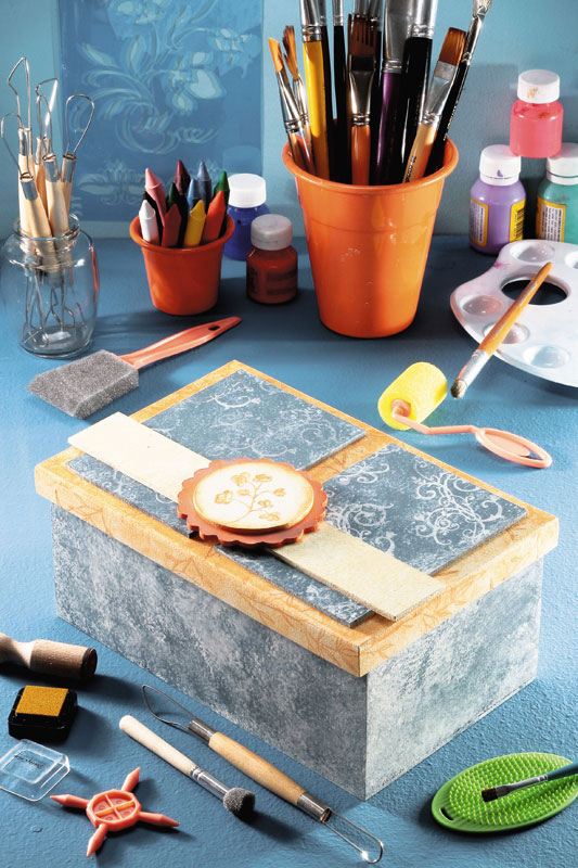 Caixa decorada com carimbo