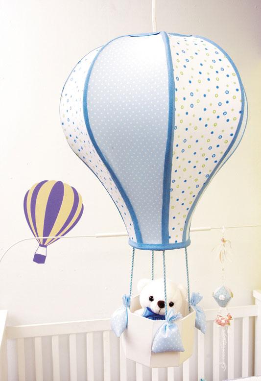 Luminária em formato de balão