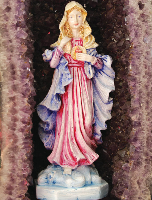 Pintura em gesso do Sagrado Coração de Maria